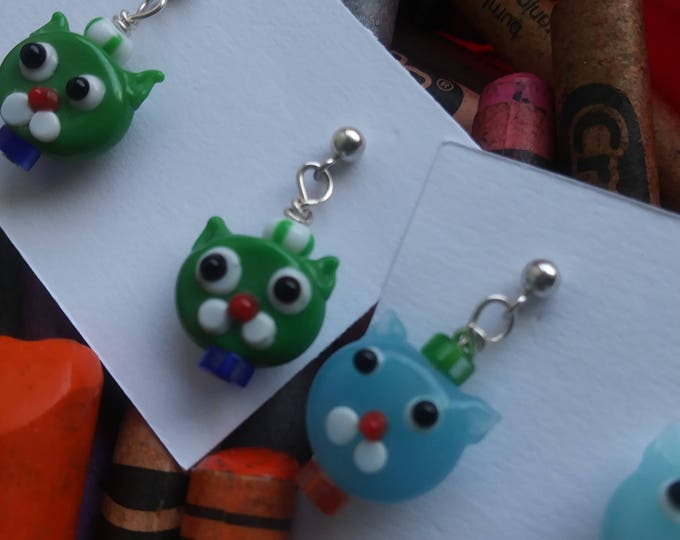 cat earrings/ petite post sterling silver/ glass bead/ girls earrings