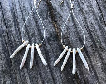 Modern chandelier hoop minimalist keshi pearl earrings / keshi pearl earrings / gold silver earrings / extra long statement earrings