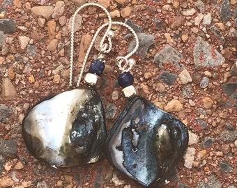 Navy blue shell earrings / blue and silver earrings / dark blue earrings