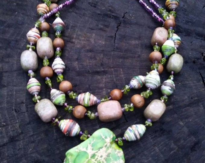 Peridot and paper necklace/ peridot necklace/ raw stone necklace/ multi strand necklace green/ purple