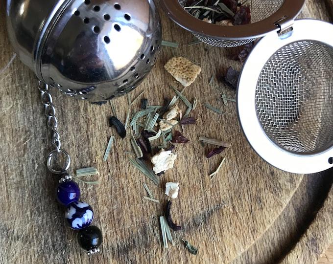 Tea infuser/ blue & white modern pattern tea infuser/ tea strainer / loose leaf tea strainer/ loose leaf tea infuser