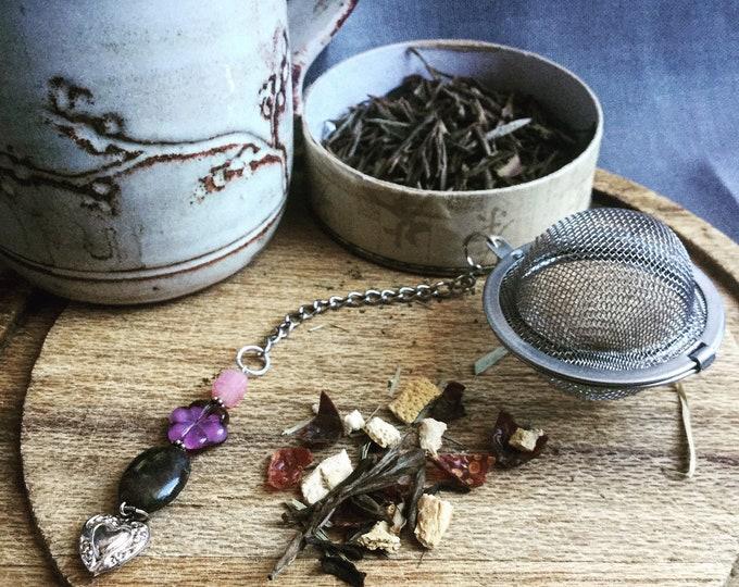 Floral / heart Tea infuser/ purple flowers tea infuser/ tea strainer / loose leaf tea strainer/ loose leaf tea infuser