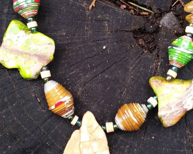 green/ yellow Rock statement necklace- paperbeads- Citrine