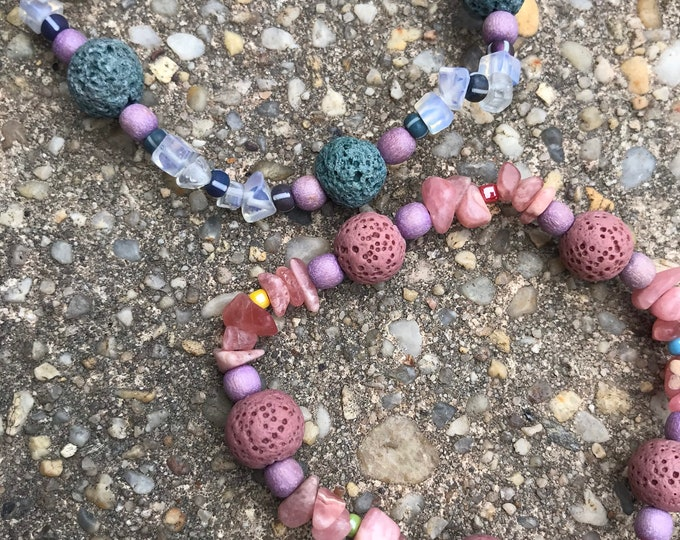 Diffuser bracelet- moonstone/ green/ pink/ lava/ rose quartz / wood/stone beachy/ Diffuser Bracelets / Essential Oils Jewelry