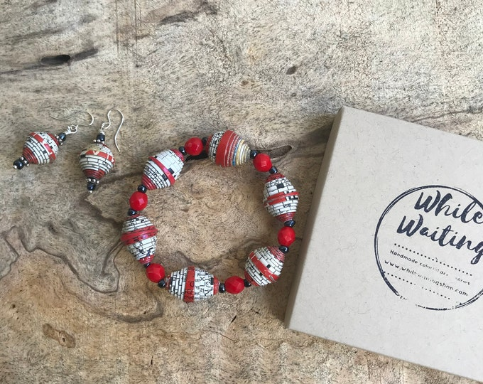 Red and white paper bead bracelet and earrings set/ handmade bracelet set/ eco- friendly gift set