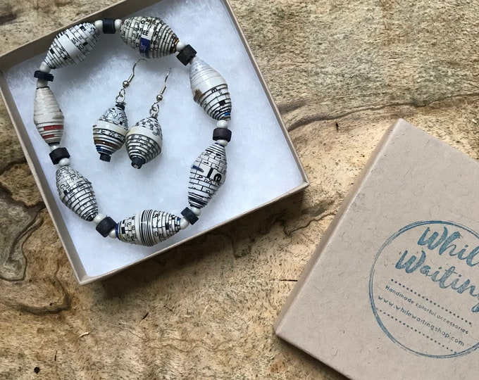 White and black paper bead bracelet and earrings set/ handmade bracelet set/ eco- friendly gift set