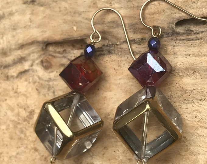 Geometric cube statement earrings / glass gold red earrings / modern statement earrings