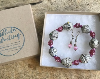 Pink and white paper bead bracelet and earrings set/ handmade bracelet set/ eco- friendly gift set