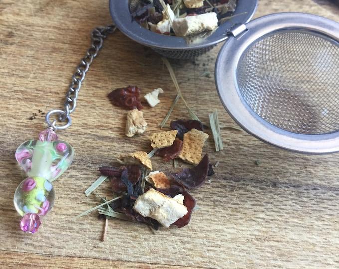 Floral Tea infuser/ green & pink flowers tea infuser/ tea strainer / loose leaf tea strainer/ loose leaf tea infuser