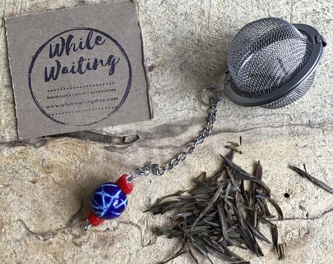 Tea infuser/ red, blue & white modern pattern tea infuser/ tea strainer / loose leaf tea strainer/ loose leaf tea infuser