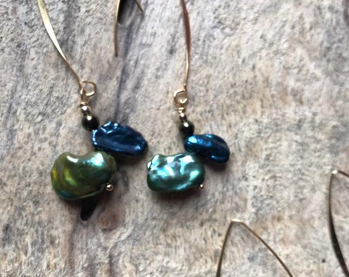 Keshi Navy/green Pearl modern threader earrings/ 14k gold threader earrings/ dyed Pearl