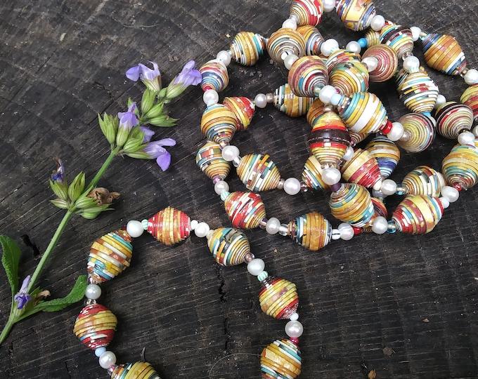 Pearl and paper bracelet/ paperbead bracelet/ pearl bracelet/ boho bracelet/ stretch bracelet