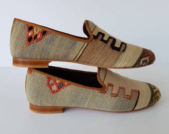 Kilim Shoes vintage handmade loafher and Euro size 45 (30 cm - 12 inch)
