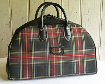 b4ed966bec Vintage 1960s Red and Black Plaid Gym Bag - Mid-Century Travel Bag or Tote  Bag - Retro Carry-on Bag, Weekend Carry-All, Overnight Bag