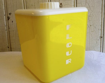 1950s Lustro Ware Flour Canister - Mid-Century Yellow and White Square Plastic Lustroware Kitchen Storage - Vintage Camper Decor