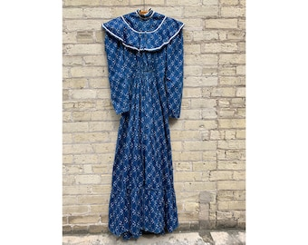 321193bb3fc Antique 1800 s Civil War Era Blue Calico Dress