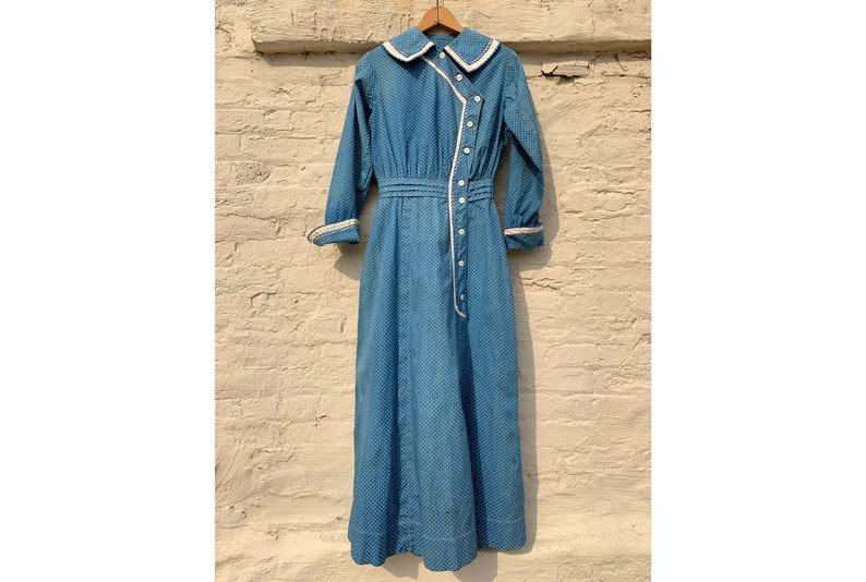 a23b72267d6 Antique Late 1800 s Early 1900 s Blue Calico Dress