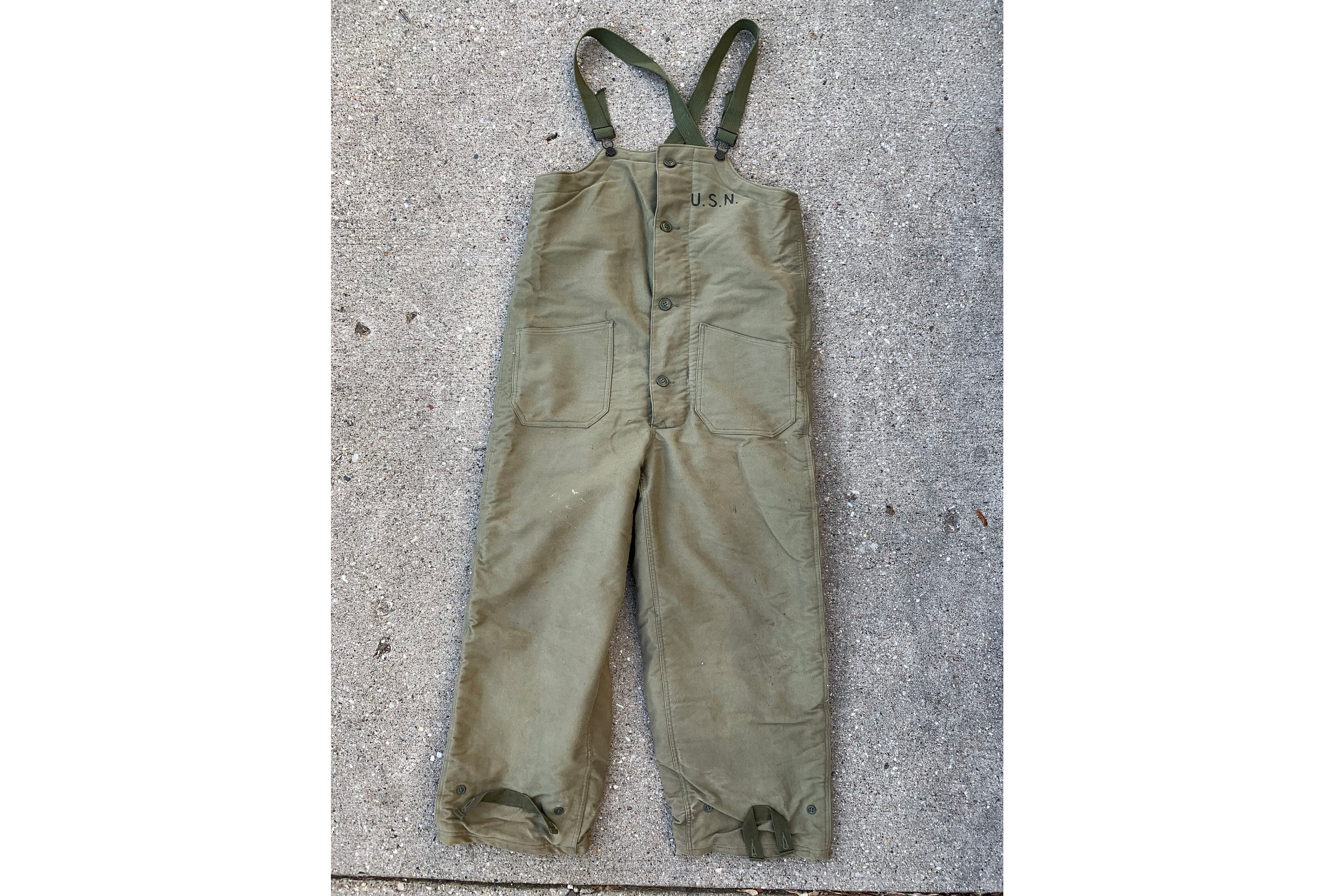 9bd4a6a43 Vintage 1940 s WW2 US Navy Green Flight Deck Overalls