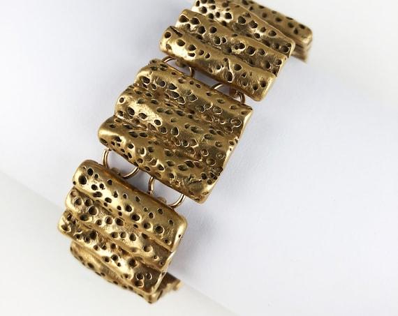 Bronze coral tectured bracelet