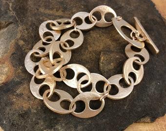 Sculpted chunky oval chain bronze bracelet