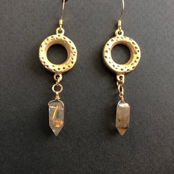 Bronze rings with quartz points earrings