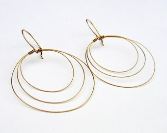 Gold Hoop Earrings Gold Open Circle Earrings Gold Hoop Dangles Simple Gold Drop Earrings Delicate Coiled Wire Dangles Wire Jewelry