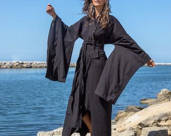 Women's Traditional Japanese Style Kimono in Black Cotton