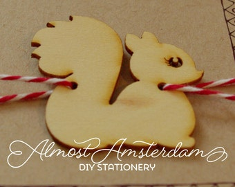 Squirrel decoration for woodland invitation / nature invitation / forest invitation - please select quantity