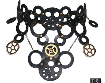 Steampunk choker with watch wheels and upcycled Rubber