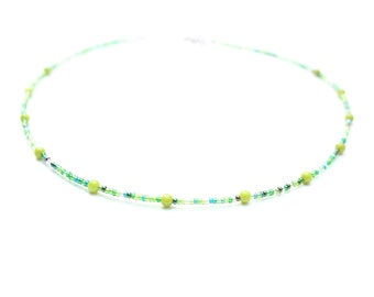 Green glass necklace with dyed jade inserts. Green short simple necklace, beaded necklace, green choker. Italian jewellery in silver finish