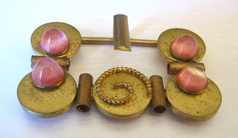 Be Intriguing.. Vintage Art Deco Gold Tone Buckle with Circles and Pink Stones