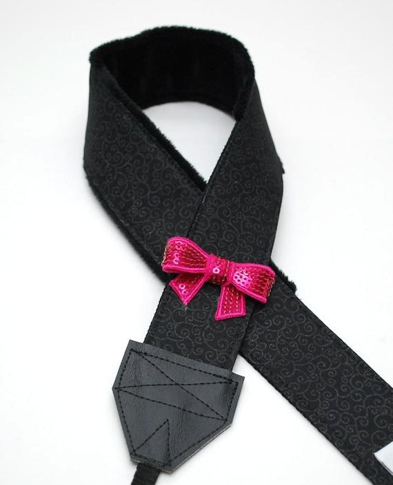 DSLR appareil photo courroie - Bandoulière matelassée - appareil photo Accessoires - Sony - Canon - tourbillons noire et noeud rose chaud - prêt à être expédier