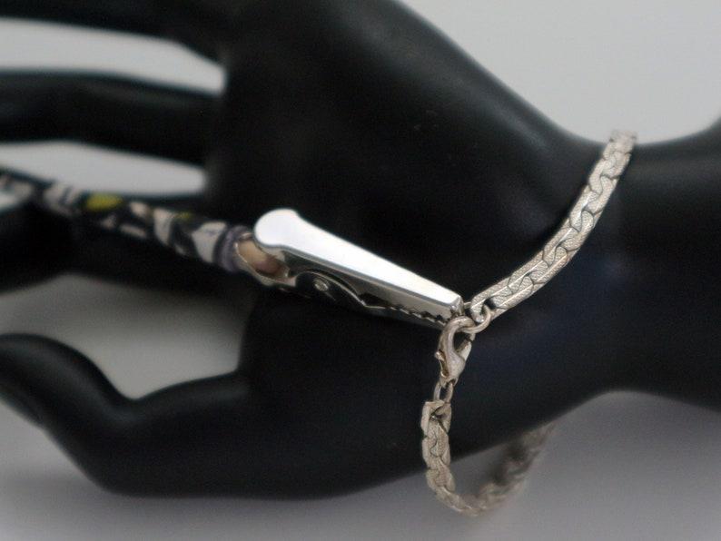 Blue Bracelet Tool,Bracelet Fastener Bracelet Holder