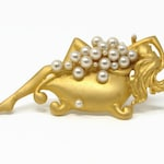 Vintage JJ Bubble Bath Lady Pearl Brooch