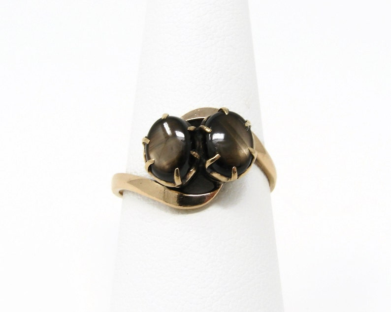 Vintage 14K Gold Brown Sapphire Ring Size 7.5 image 0