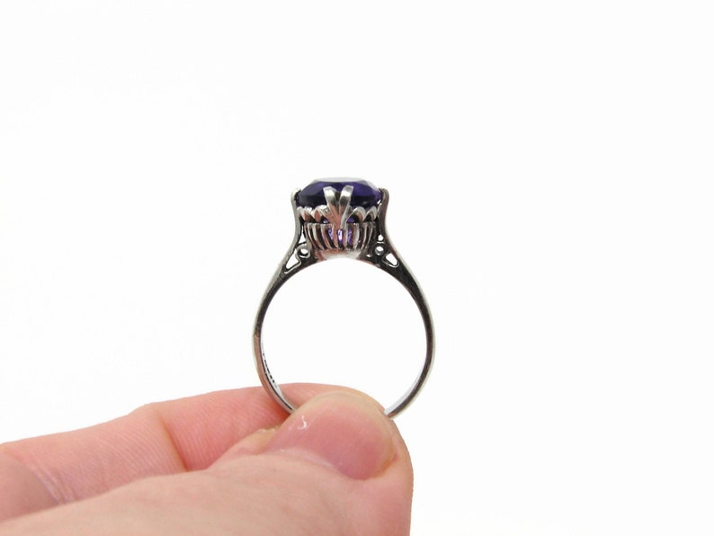 Vintage Sterling Silver Purple Glass Ring Size 6 image 0