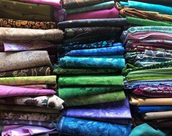 10 Mystery quilting cotton fat quarter bundle