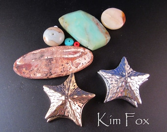 Starfish magnetic clasp in sterling silver or golden bronze with 3 loops for attachment designed by Kim Fox