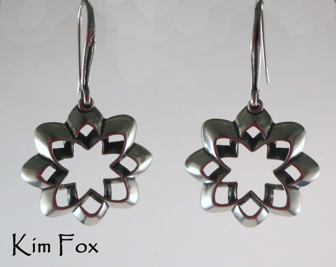 KFE13 Desert Flower Scalloped Origami Style Earrings in silver with silver wires by Kim Fox