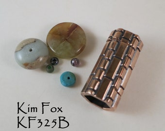 Straight magnetic clasp with brick pattern in bronze by Kim Fox