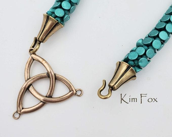 KF16 Large Celtic Trefoil - Connector - Clasp - Pendant