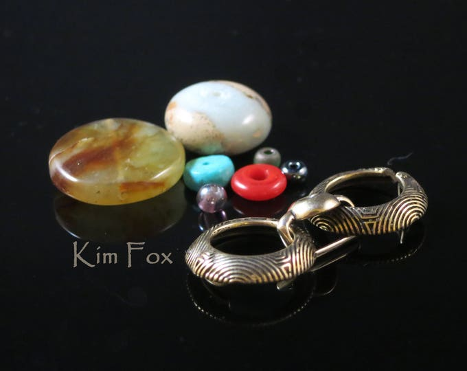 KF259 Comfortable Double Circle Slot Clasp with Chartres Pattern designed by Kim Fox in Golden Bronze Great for Necklaces