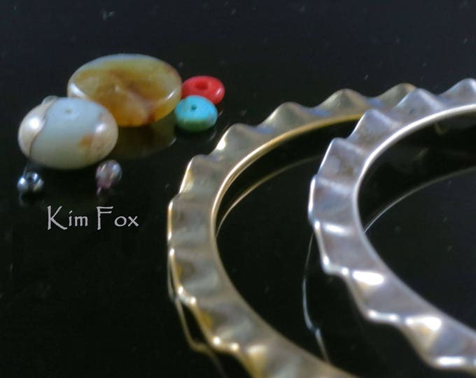 KFB17 8 inch Oval Shaped Wave Edge Bangle in Sterling Silver designed by Kim Fox stackable