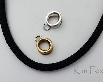 KF417 Petite Omega Bail by Kim Fox