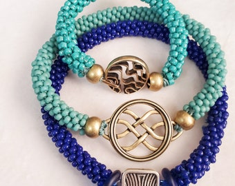 Tutorial for a bangle and a bracelet with no glue and no cones.