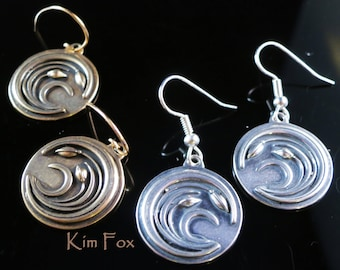 KFE358 Asian Wind Earrings in silver and in golden bronze designed by Kim Fox Based on a Japanese Mon - code of arms - endurance