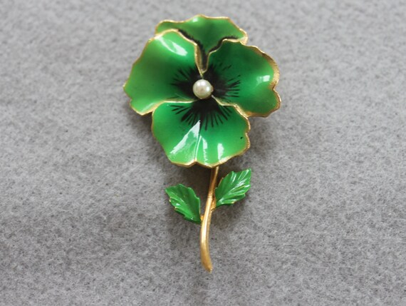Pansy Pin Vintage Enamel Pansy Pin 1990s Avon Gre… - image 2