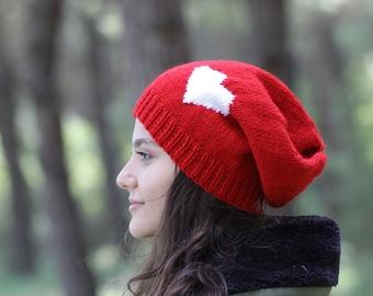 eeaee511786 Red knit beanie