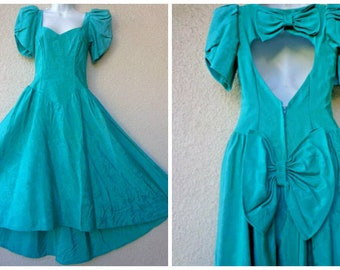 12d7acb94ae 1980s PROM DRESS. Green Prom Dress. 2 Huge Bows. Open Keyhole Back. 80s  Prom Dress. High Low Hem. 1980s Formal Dress. Full Skirt. XS to S