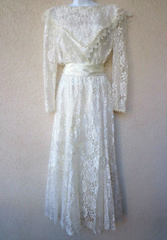 Vintage Victorian / Edwardian Style Wedding Dress
